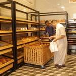 رئيس نقابة الخبازين يحذر من إغلاق المخابز بطرابلس بسبب ارتفاع أسعار الدقيق